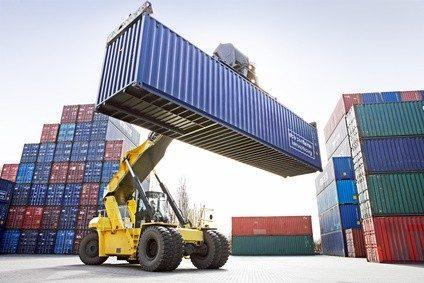 Waren von A nach B zu bringen ist eine der Hauptaufgaben in der Logistik. © thomaslerchphoto - Fotolia.com