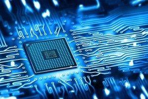 Als IT-Experte sollten Sie Mikrochips nicht für einen leckeren Snack halten...© Edelweiss - Fotolia.com