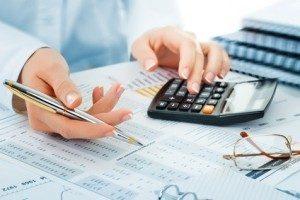 Finanzbuchhalter sind in jedem Unternehmen unverzichtbar. © vizafoto - Fotolia.com