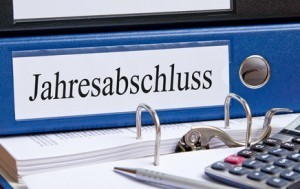 Der Beruf des Wirtschaftsprüfers erfordert Akribie, Ausdauer und Verantwortungsbewusstsein. © DOC RABE Media - Fotolia.com