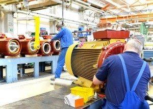 Als Maschinenführer wird einem eine hohe Verantwortung übertragen.© industrieblick - Fotolia.com