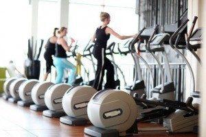 Fitnessstudios sind eines der Wirkorte von Sport- und Fitnesskaufleuten. © Peter Atkins - Fotolia.com